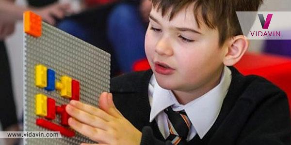 خرید اینترنتی هدیه تولد برای کودکان نابینا