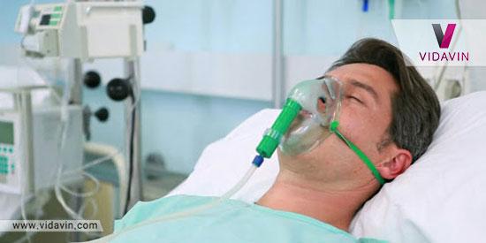 دستگاه اکسیژن برای بیمار