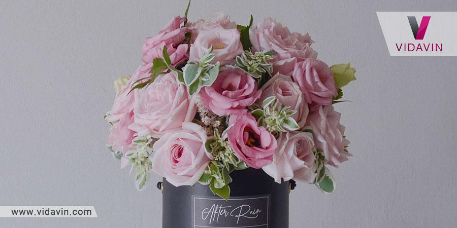 باکس گل صورتی- کادو به خانم- باکس گل - برگ و گل