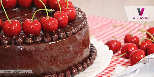 کیک خانگی هدیه تولد برای دوست دختر