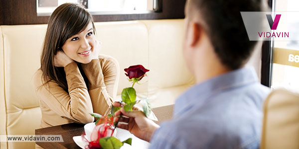 کادو ولنتاین دخترانه گل رز قرمز