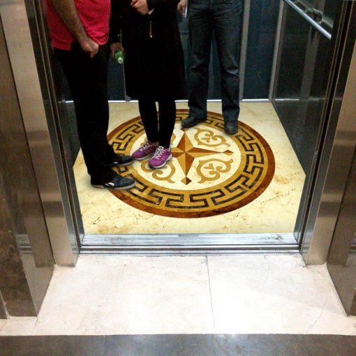 کفپوش آسانسور معرق سینگ ورساچه عکس اول